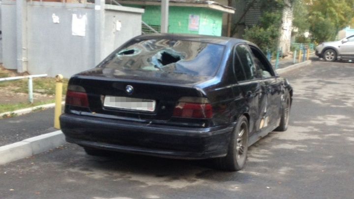 """""""Я их порву за свой автомобиль"""": хозяин разбитого на Ботанике BMW рассказал свою версию конфликта"""