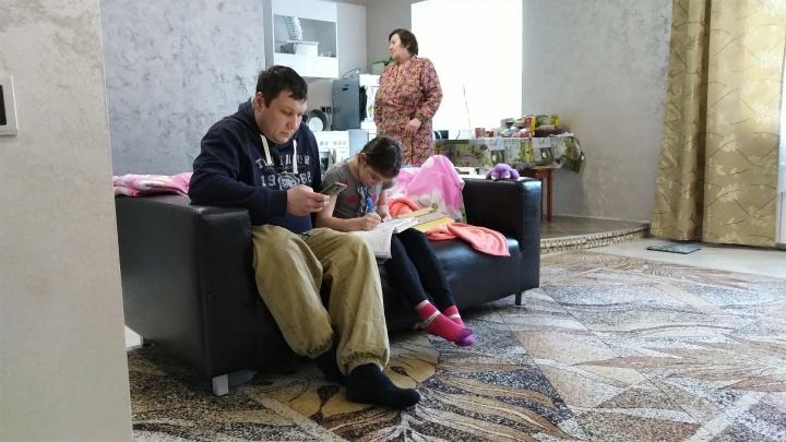 Жильцы элитного дома на Красном Пути мерзнут в просторных квартирах
