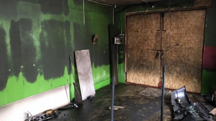 Северодвинские пожарные спасли из огня шиномонтажника