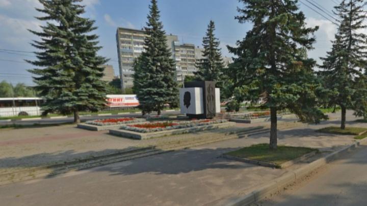 Ярославцы предложили снести памятник Феликсу Дзержинскому