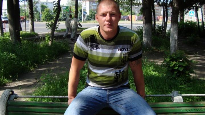 В Ярославской области арестовали двух парней, насмерть забивших мужчину возле кафе