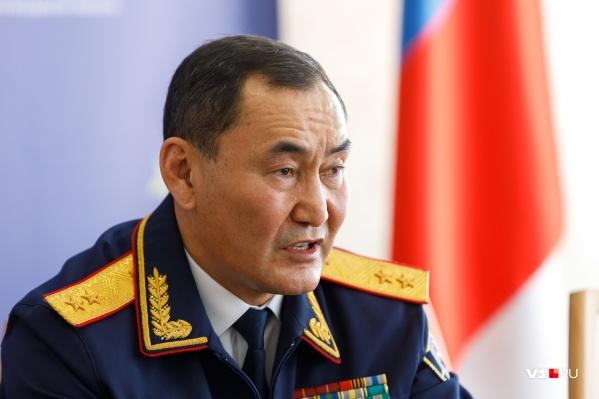 Михаил Музраев остаётся в Волгограде