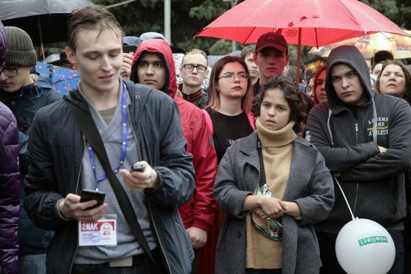 Сам Мстислав Письменков в прошлом году получил штраф в 200 тысяч за участие в митинге