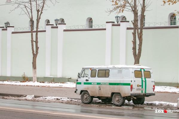 Преступника задержали и доставили в Ростов