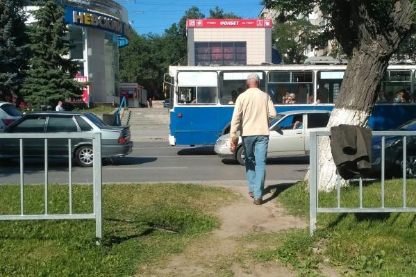 Скандал из-за отмены пешеходного перехода разразился в Волгограде еще в 2017 году