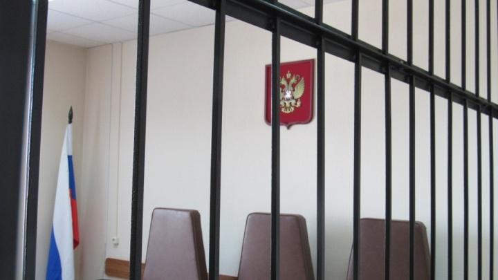 «Вынес икону и нож»: в Кетово осудили бывшего сотрудника колонии