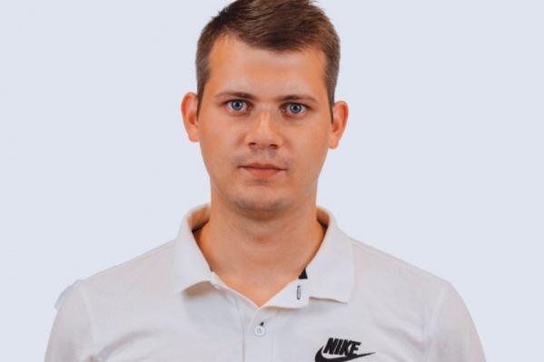 Андрей летел вместе со своим футбольным клубом, но, увидев, что пассажирке стало плохо, бросился на помощь