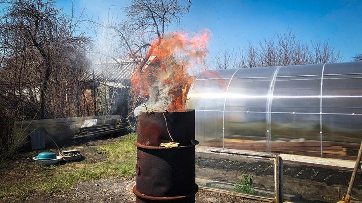 Свердловчан оштрафовали на 1,6 миллиона за поджог травы и разведение костров