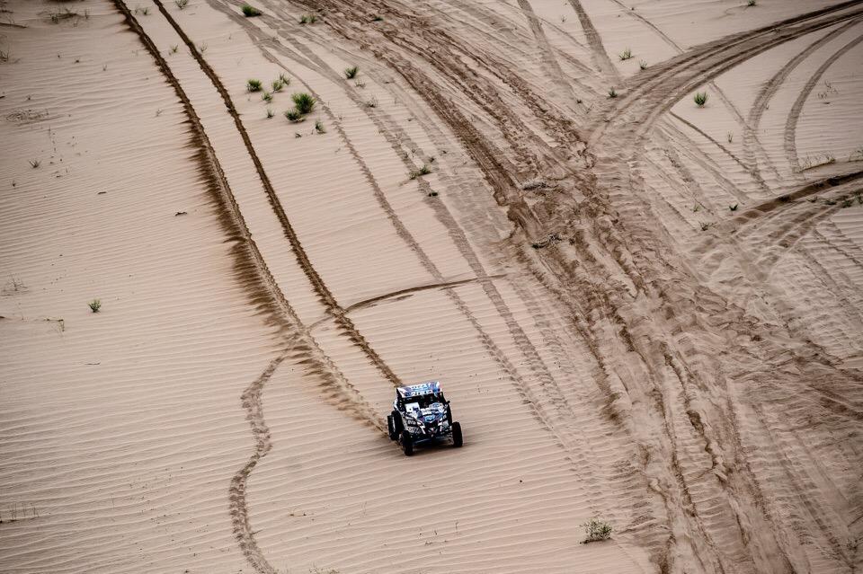 По дюнам было сложно ехать