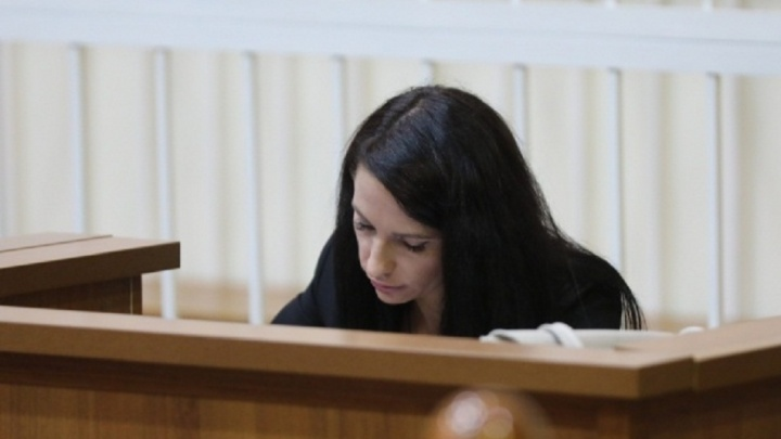 Сбившую насмерть двух волгоградцев Татьяну Рыжих лишили статуса судьи