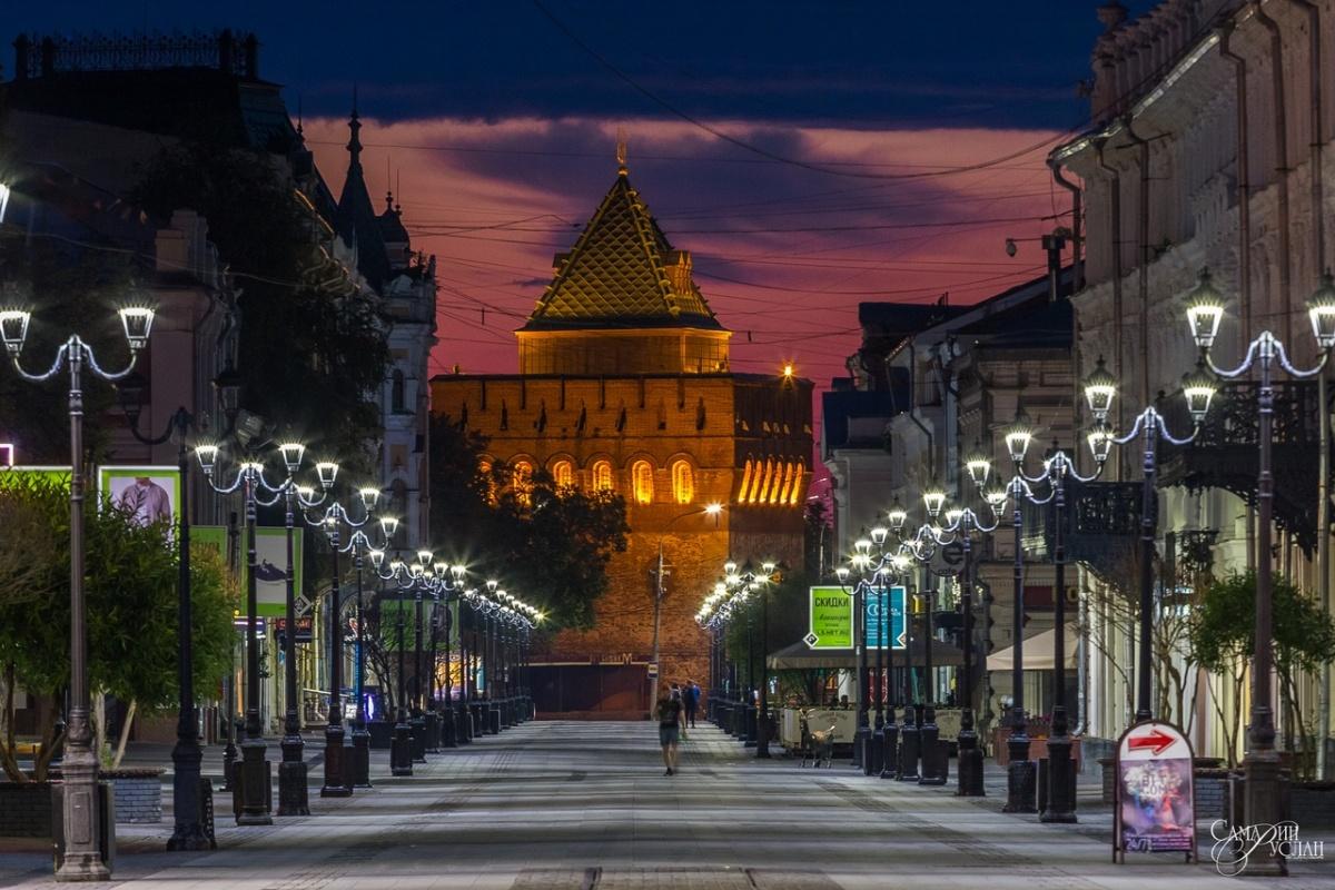 Насладиться красотой главной пешеходной улицы Нижнего Новгорода можно только ночью
