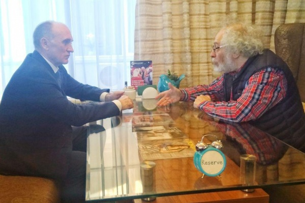 Главред«Эха Москвы» Алексей Венедиктов встретился с губернатором Борисом Дубровским за чашкой кофе