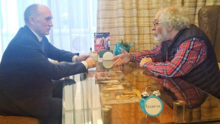 «О ГОКе поговорим»: главред «Эха Москвы» пообщался с Борисом Дубровским за чашкой кофе