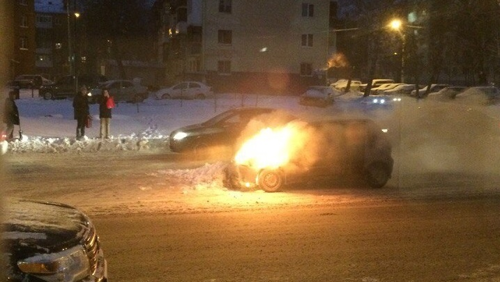 В Уфе на ходу загорелся Daewoo Matiz
