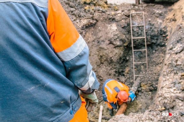 Специалисты рассчитывают, по какому маршруту лучше проложить водопровод
