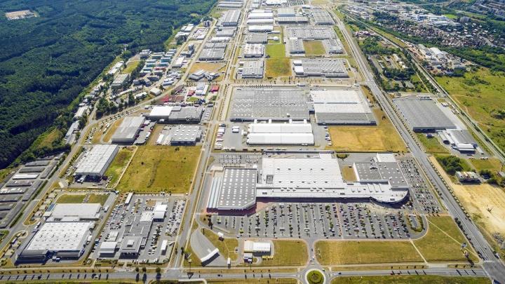 Рядом с ЕКАД на продажу выставили земли промышленного назначения