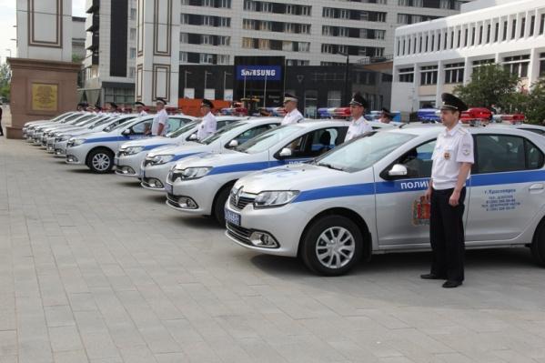 Новые автомобили уже отправились на службу