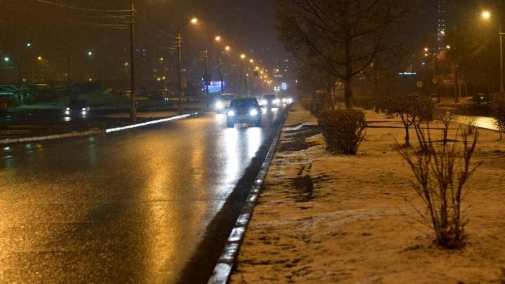 «72 февраля»: снегопад укутал улицы Лесосибирска