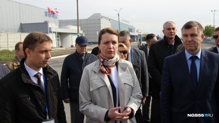 «Спокойный, прагматичный, без хайпа»: мэр Омска оценила руководителя службы отлова собак