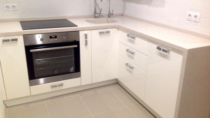 Большие планы на маленькую кухню: как грамотно использовать квадратные метры