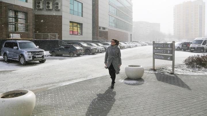 Апрель по-челябински: гололедица, сильный ветер и снег до 18 сантиметров
