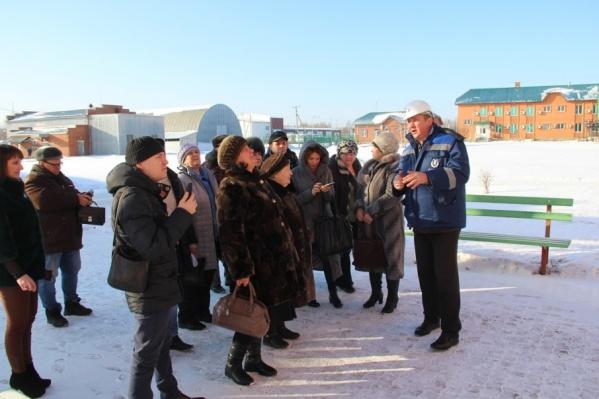 Для жителей Звериноголовского района предприятие устраивает экскурсии, чтобы доказать, что добыча безопасна для населения