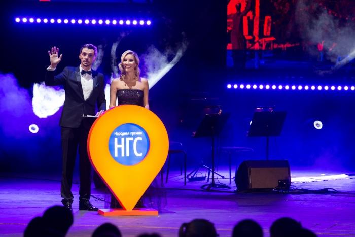 Ведущими церемонии награждения былиЕлена Летучая и Денис Гребенюк