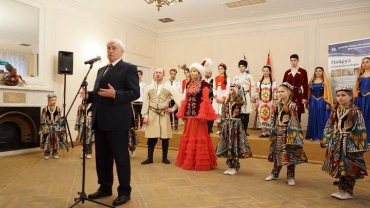 В Петербурге открылась выставка заслуженного художника Башкирии Владимира Нагорнова