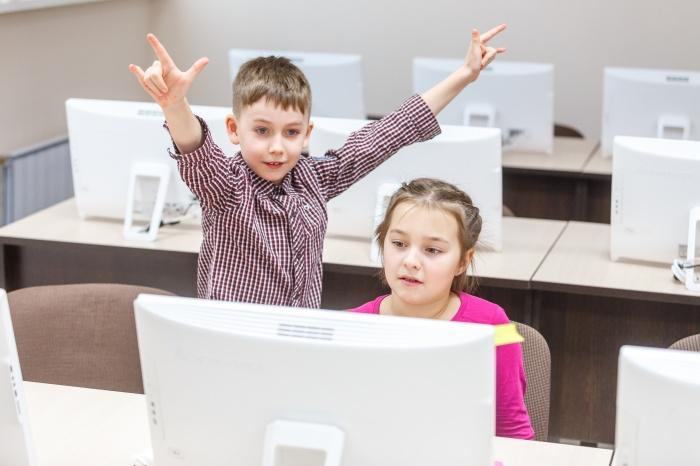В летнем лагере детей обучат программированию