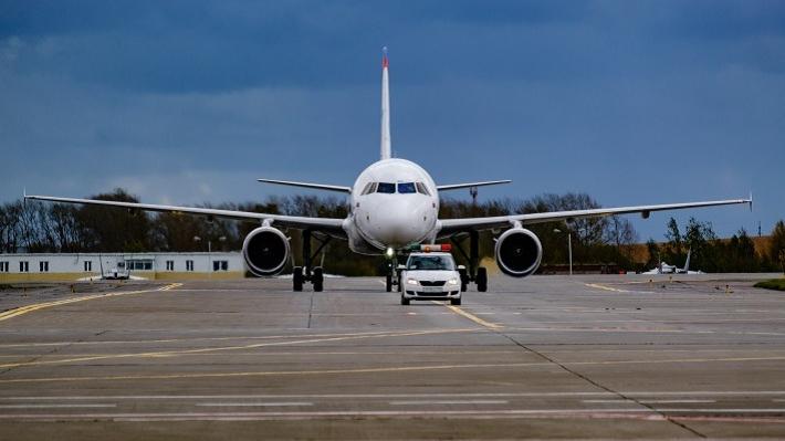 В Перми из-за ледяного дождя задерживаются авиарейсы
