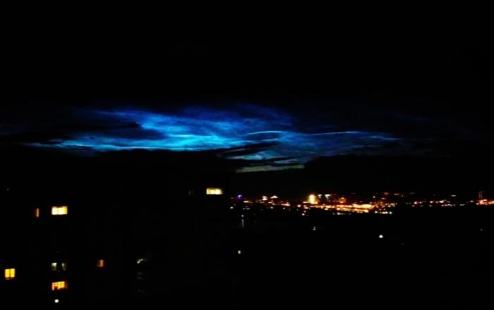 Серебристые облака сотрудник планетария снял накануне вечером