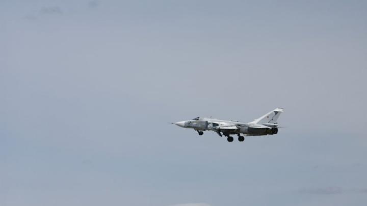 Над Новосибирском с рёвом пронеслись бомбардировщики с изменяемым крылом