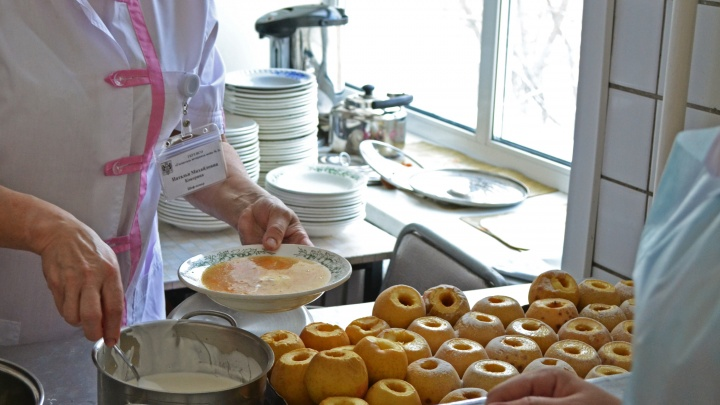 Рис больше не слипнется: шеф-повар придумал меню для новосибирской больницы