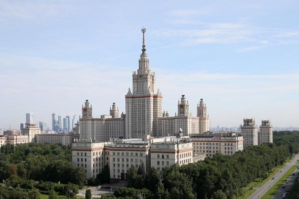 Один из самых популярных среди российских студентов вузов обойдётся в стоимость приличной «однёшки» в Новосибирске