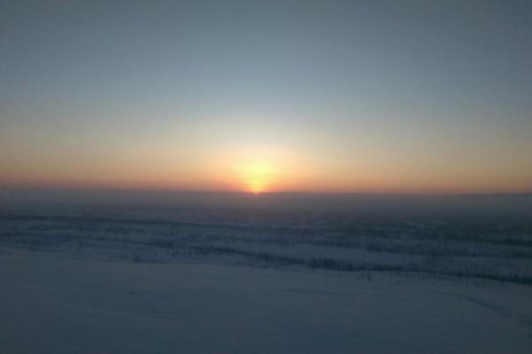 Первые лучи солнца в Норильске