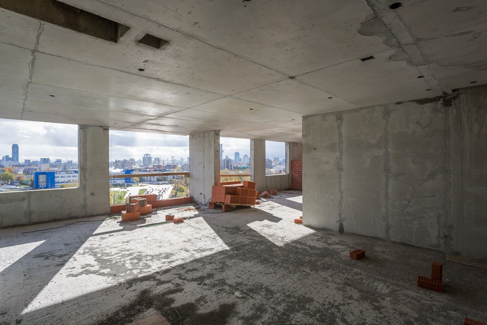 В синей башне еще остались квартиры на высоких этажах с умопомрачительными видами