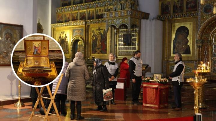 В Ярославль привезли частицу пояса Пресвятой Богородицы