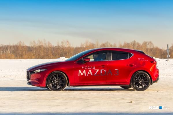 Mazda 3 в кузове хэтчбек