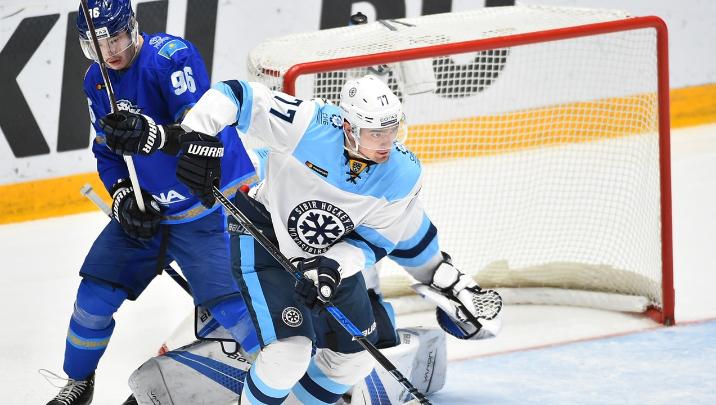 Хоккей: «Сибирь» уступила астанинскому «Барысу»