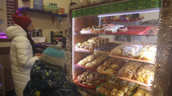 «Вытягивали меня на скандал»: что творилось на съёмках «Ревизорро» в ярославском кафе. Видео