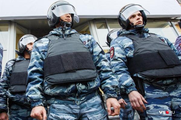 Брать преступников помогали бойцы Росгвардии