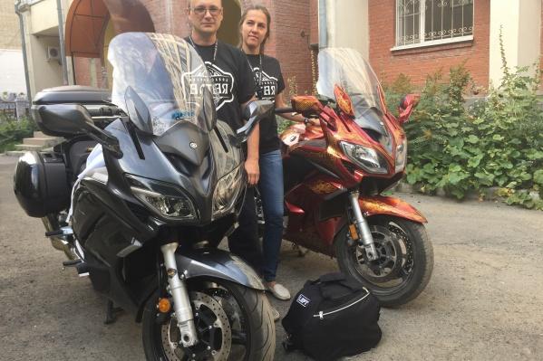 За 38 дней семейная пара объехала на мотоциклах полтора десятка стран<br>