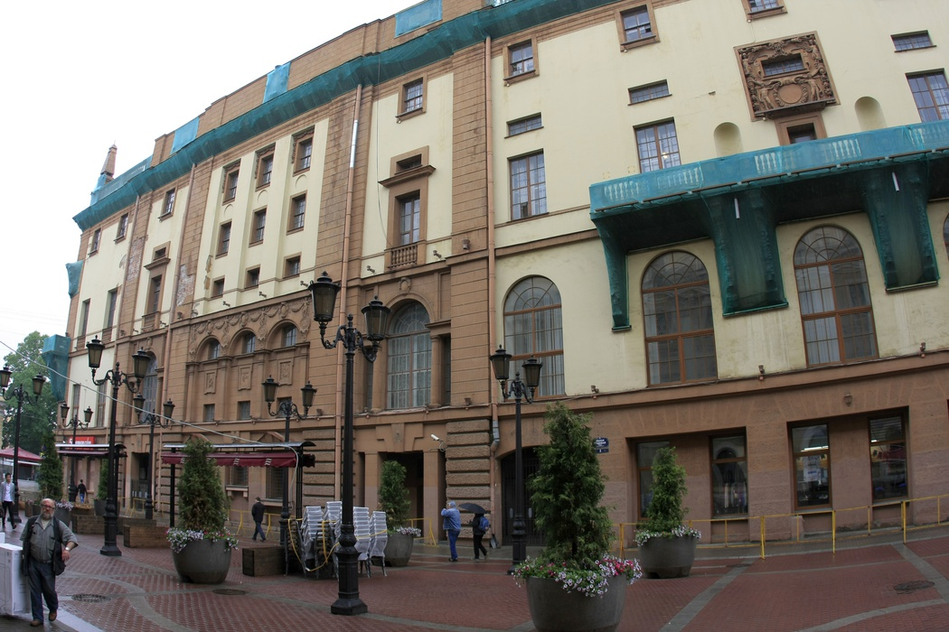Дом радио в Петербурге, где теперь репетирует Курентзис с оркестромMusicAeterna