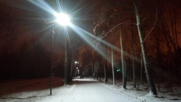 На острове Татышев решили поменять освещение