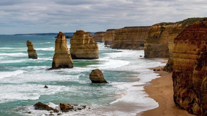 «Как будто бы край мира»: Слава Степанов опубликовал снимки скал у побережья Австралии