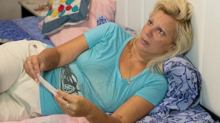 «Она отходит от наркоза»: маме тронувшего сердца волгоградцев мальчика сделали операцию