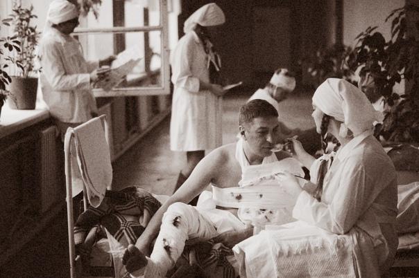 В красноярской школе на фото воссоздали эвакогоспиталь времен войны