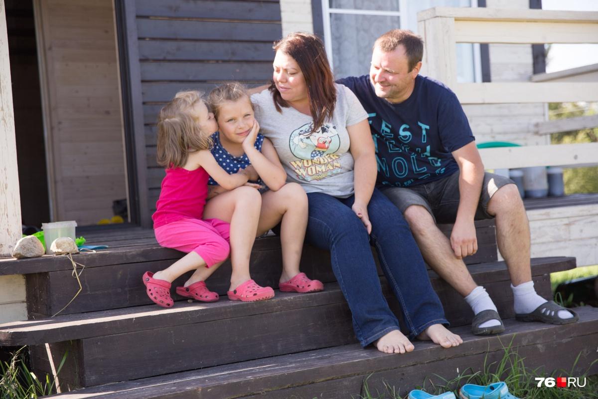 В гости к семье часто приезжают родственники