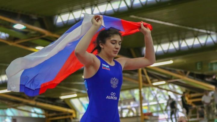 18-летняя спортсменка из Красноярска выиграла первенство Европы по женской борьбе