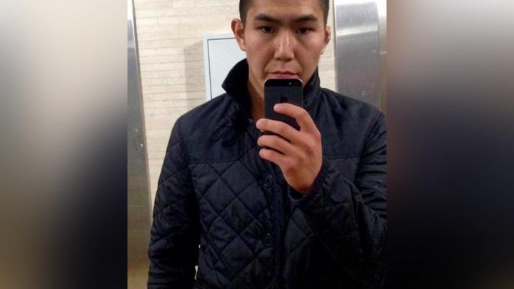 Парня, убившего студента УрГЮУ у клуба «Мёд», объявили в международный розыск